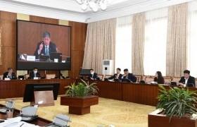 Монгол Улсын нэгдсэн төсвийн 2022 оны төсвийн хүрээний мэдэгдэл, 2023-2024 оны төсвийн төсөөллийн тухай хуульд өөрчлөлт оруулах тухай хуулийн төслийг хэлэлцэхийг дэмжив