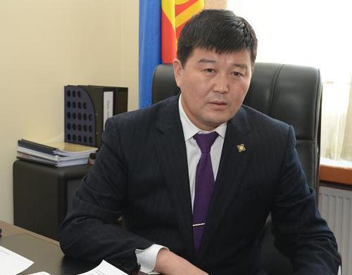Х.Болорчулуун: Ц.Нямдорж нарын гишүүн Хятадын компанид ашигтай хууль батлуулахаар улайрч байна