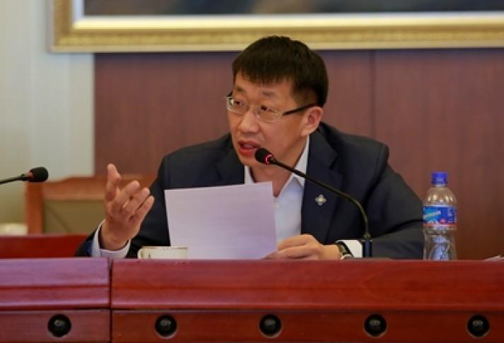 Л.Энх-Амгалан: Монгол улс төсөв, төслийн хямралд оржээ