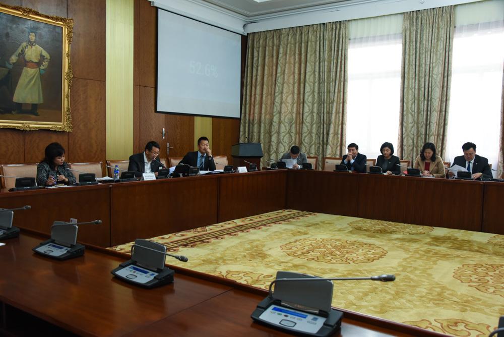 Монгол Улсын хууль тогтоомжийг 2020 он хүртэл боловсронгуй болгох үндсэн чиглэл батлах тухай тогтоолын төслийн анхны хэлэлцүүлгийг хийлээ