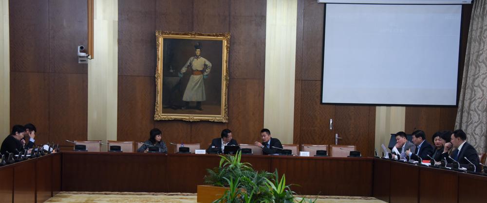 Нийгмийн даатгалын үндэсний зөвлөлийн гишүүдийг томилох асуудлыг хэлэлцэв