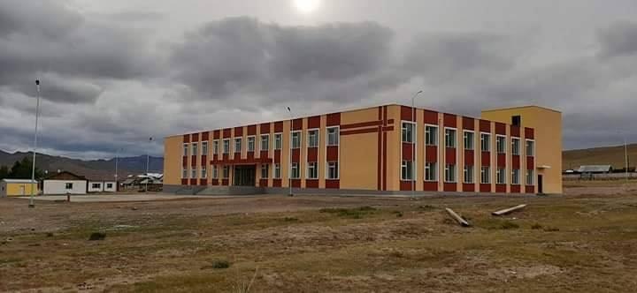 Төмөрбулаг сумын 320 хүүхдийн шинэ сургуулийн барилга ашиглалтад орлоо