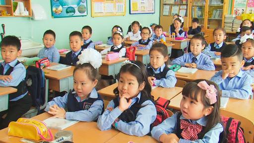 Л.Энх-Амгалан: Хотын түгжрэлийн гол шалтгааны нэг нь хотын хүүхдүүдийн Боловсролын хүртээмж, чанарын асуудлаас үүдэлтэй