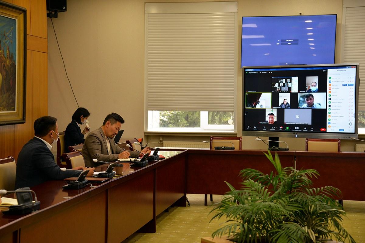 УИХ-ын гишүүн Х.Ганхуягаар ахлуулсан ажлын хэсэг арматур болон барилгын хөөсөнцөр үйлдвэрлэгчидтэй цахим уулзалт хийв